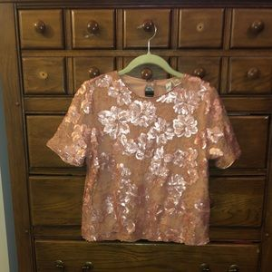 Sequin lace t shirt, never worn!